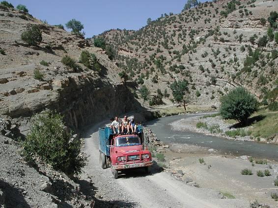 desenclavement de tamazirte ,Les Routes de l'Atlas Marocain 20020813170734_dscn7639b